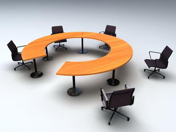 Pyöreä neuvottelupöytä tuolilla
