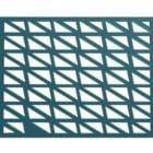 Fenêtre en treillis triangulaire