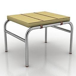 Assento de madeira baixo
