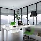Interno semplice della sala di studio del vetro