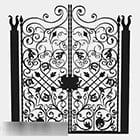 Cancello di casa in ferro battuto nero