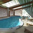 Крытый дизайн интерьера бассейна