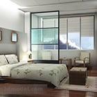 Interno moderno della camera da letto spaziosa