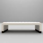 أريكة متعددة التنجيد الأبيض