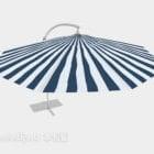 مظلة زرقاء وبيضاء