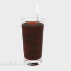 ストローで冷たい飲み物