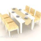 Tavolo per sei persone in legno chiaro